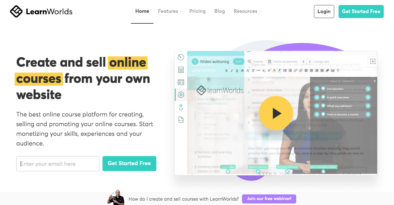 Screenshot of the LearnWorlds homepage as a copywriting example